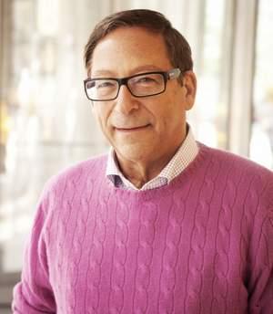 Stuart Weitzman feiert 25 Jahre Luxus, Handwerkskunst und Modestil
