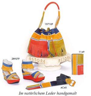 a8a5c7132dfa4 Handbemalte Schuhe und Taschen aus Italien - Grafische Muster oder  Blumenprints werden von Kunstmalern sorgfältig auf