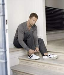"Fashion To Go - ""Footprints by Til Schweiger"""