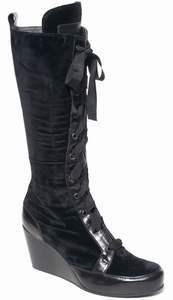518f5cc1ae2804 Designer Stiefel von annette görtz lassen Frauenherzen höher ...