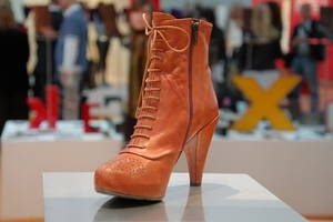 Schuhtrends im WInter 2009_2010_ Cognac