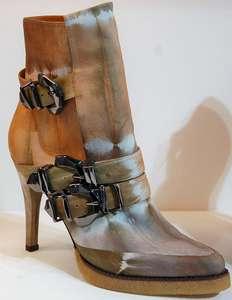 Schuhe und Stiefel von Monde