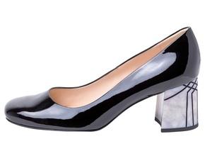 Bequeme Alltagsschuhe: Wellness für die Füße - Bequeme Schuhe haben es in den letzen Jahres geschafft, ihr verstaubtes Image abzulegen und sind zum Lifestyleprodukt avanciert. In der Liga der bequemen Schuhe spielen heute sogar elegante Pumps, Business-Schuhe und stylische Modelle für Trendsetter mit.